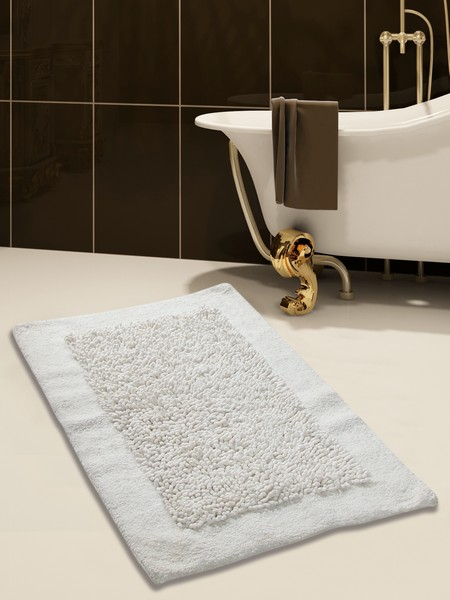 Saffron Fabs Bath Rug, Cotton and Chenille, 36x24 In, Anti-Skid, White, Long Noodle Loops