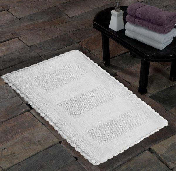 Saffron Fabs Cotton Bath Rug, 50x30 Inch, Reversible, Crochet Lace Border, White, Washable