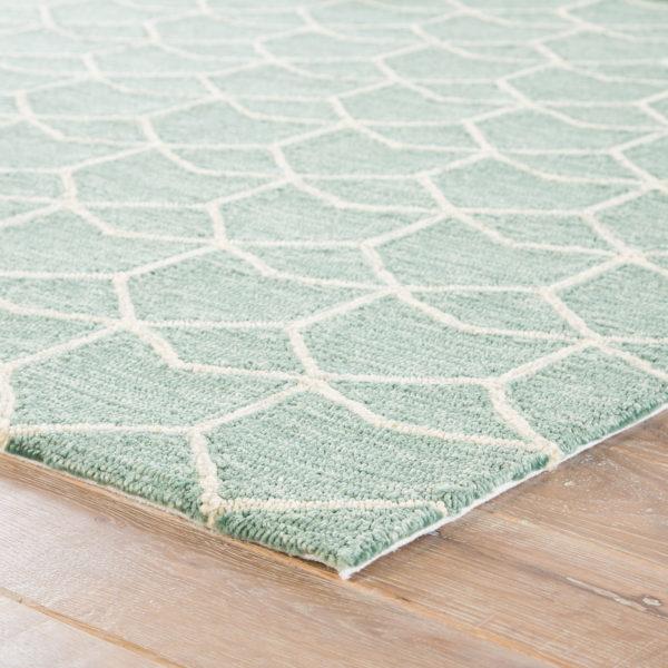 Jaipur Living Estrellas Indoor/ Outdoor Geometric Green/ Cream Area Rug (2'X3')