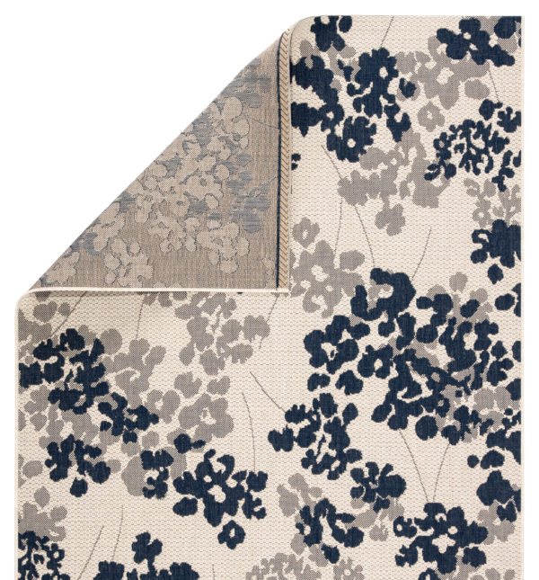 """Jaipur Living Mariner Indoor/ Outdoor Floral Blue/ Gray Area Rug (2'X3'7"""")"""