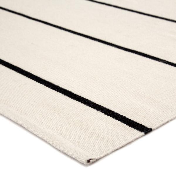 Jaipur Living Corbina Indoor/ Outdoor Stripes Ivory/ Black Area Rug (2'X3')