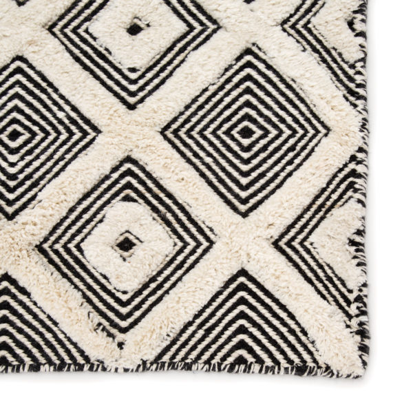 Jaipur Living Bosc Indoor/ Outdoor Trellis Ivory/ Black Area Rug (2'X3')